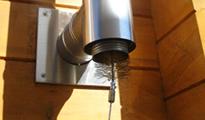 給排気筒の掃除(1)